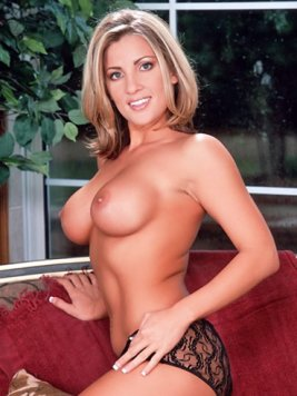 Pornstar Britney Foster Pictures and Movies