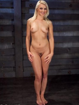 Pornstar Anikka Albrite Pictures and Movies