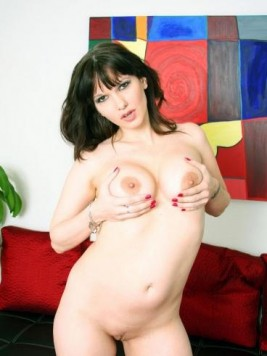 Pornstar Carrie Ann Images and Videos