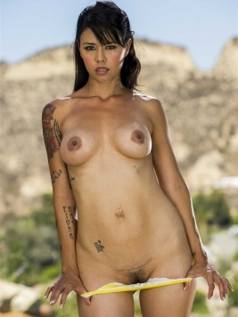 Pornstar Dana Vespoli Images and Videos