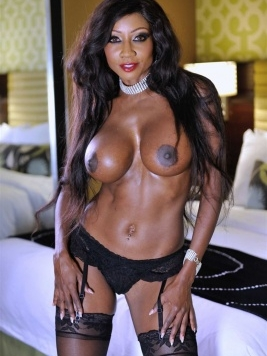 Pornstar Diamond Jackson images and videos