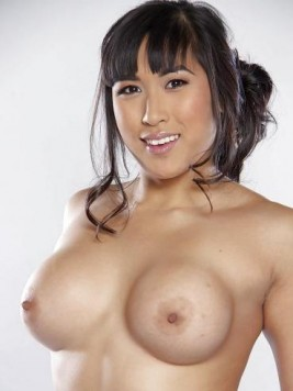 Pornstar Mia Li images and videos